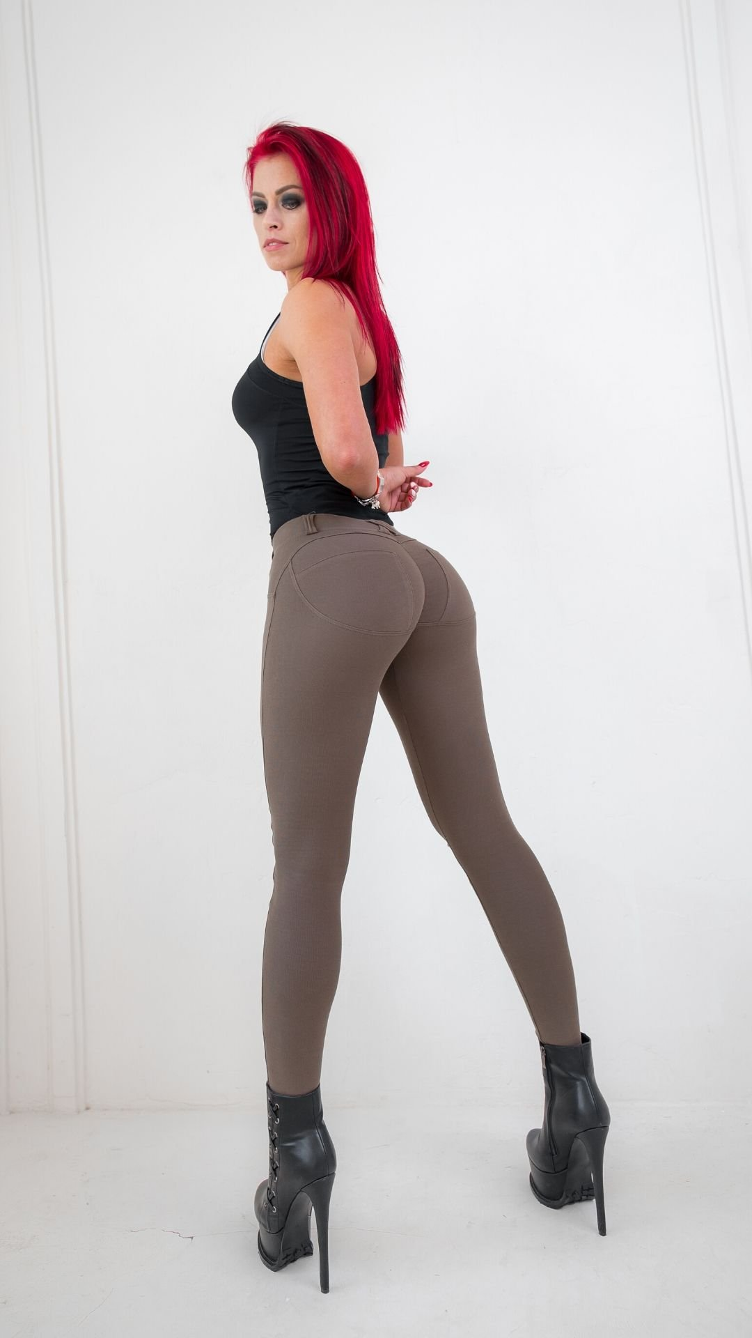 Push-up-Leggings-Brown